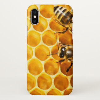 Honeycomb and Bees Pattern Design iPhone X Case