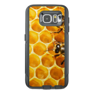 Honeycomb and Bees Pattern Design OtterBox Samsung Galaxy S6 Case
