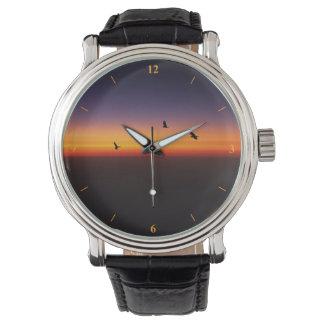 Horizon Sunset Watch