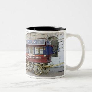 Horse drawn vintage bus, London Mugs