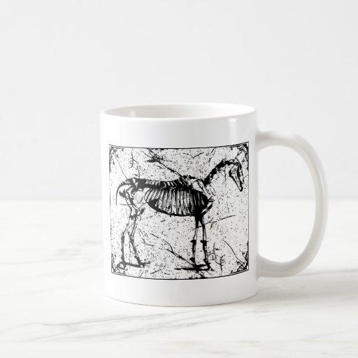 Horse Skeleton black and white Mugs