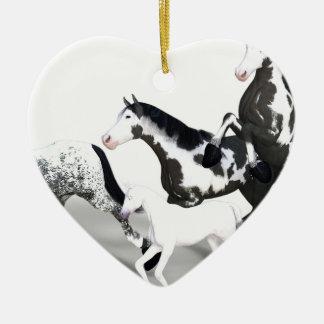 horses-1530858 ceramic ornament