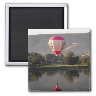 Hot air balloon over the Yakima River Square Magnet
