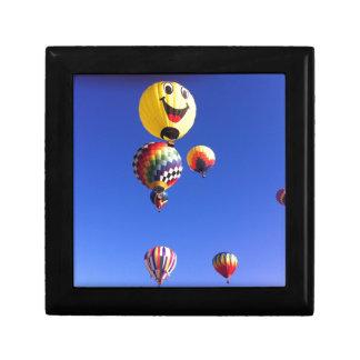 Hot air balloons small square gift box