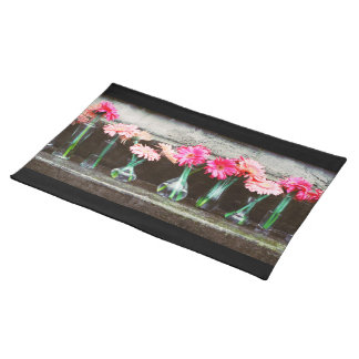 Hot Pink Daisy Placemat