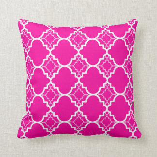 Hot Pink Quatrefoil Geometric Pattern Cushion