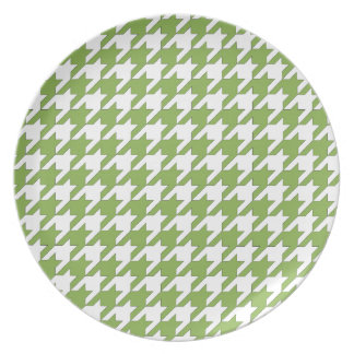 houndstooth greenery and white plate