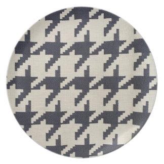 Houndstooth Melamine Plate