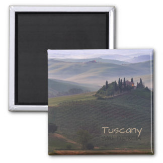 House in Tuscany in the morning fog text magnet