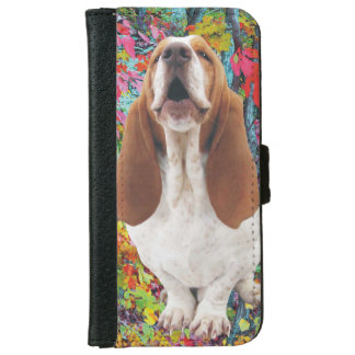 Howling Basset Hound in the Woods iPhone 6 Wallet Case