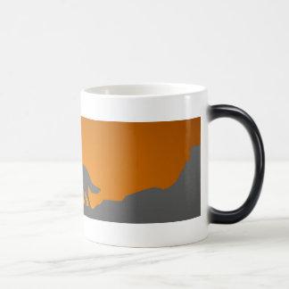 Howling wolf morphing mug