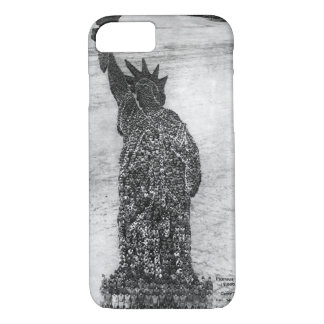 Human Statue of Liberty. 18,000_War image iPhone 7 Case