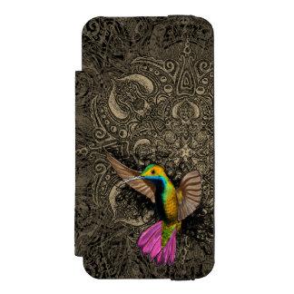 Hummingbird in Flight Incipio Watson™ iPhone 5 Wallet Case