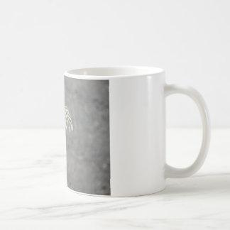 Hummingbird on Queen Ann's lace flower Coffee Mug