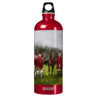 Hunter - The fox hunt - Tally-ho 1924 Water Bottle