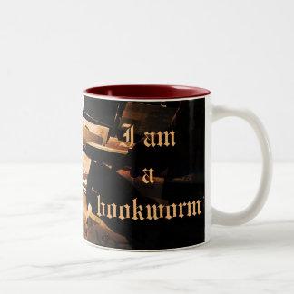"""I am a bookworm"" mug"