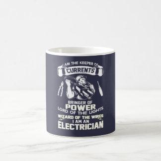 I AM AN ELECTRICIAN COFFEE MUG