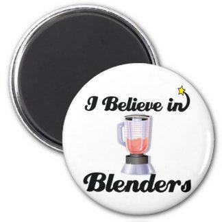 i believe in blenders 6 cm round magnet