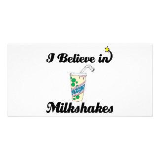 i believe in milkshakes picture card