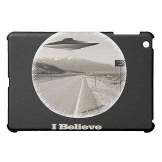"""I Believe"" Retro - Vintage UFO iPad Case Black"