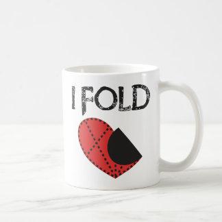 I Fold - Giving up on Love! - Funny Anti-Valentine Coffee Mugs