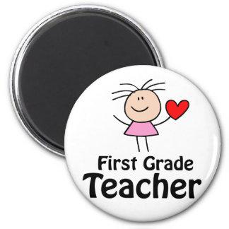 I Heart First Grade Teacher 6 Cm Round Magnet