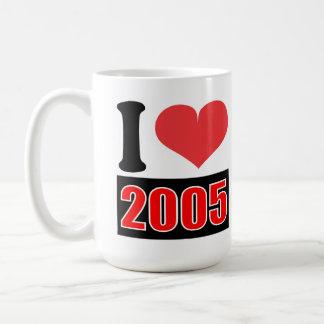 I love 2005 - Mugs