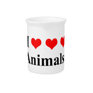 I love animals! pitcher