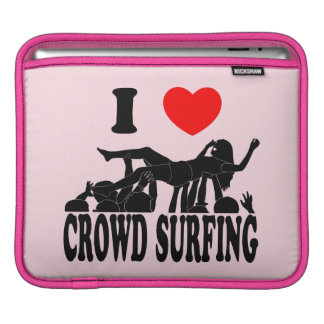 I Love Crowd Surfing (female) (blk) iPad Sleeve