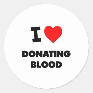 I Love Donating Blood Round Sticker