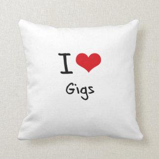 I Love Gigs Throw Pillows