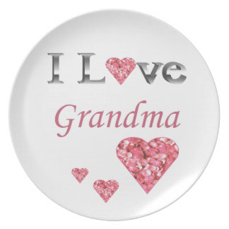 """""""I Love Grandma"""" Collectable Plate w pink hearts"""