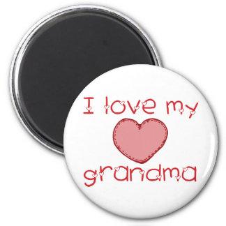 I love my grandma 6 cm round magnet