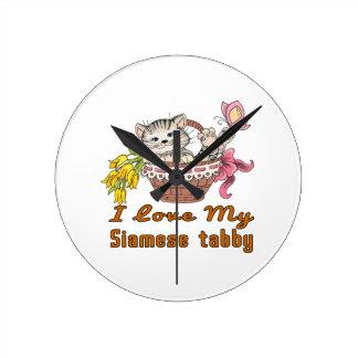 I Love My Siamese tabby Round Clock