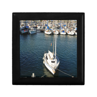 I love sailing small square gift box