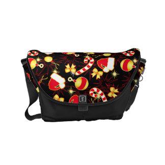 I love Santa seamless pattern black.ai Commuter Bags