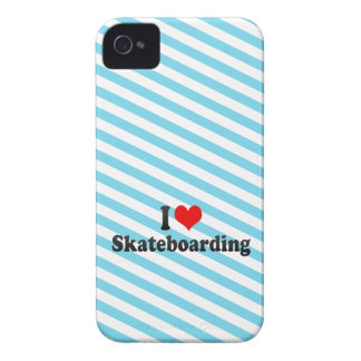I love Skateboarding iPhone 4 Case