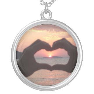 I love sunset round pendant necklace