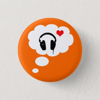 I love thinking about music 3 cm round badge