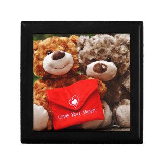 I LOVE YOU MOM - Cute & Cuddly Teddy Bears Gift Box