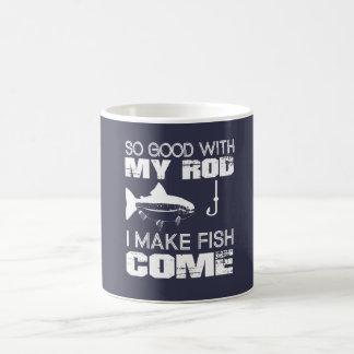I MAKE FISH COME COFFEE MUG