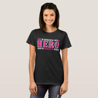 I Married Hero Proud Roofer Wife T-Shirt
