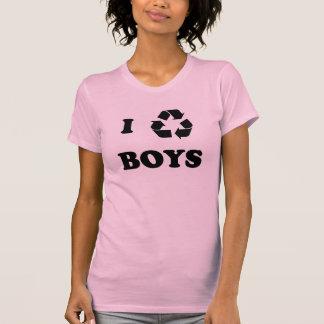 I recycle boys. T-Shirt