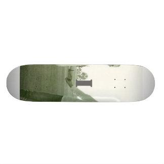I romance skateboards
