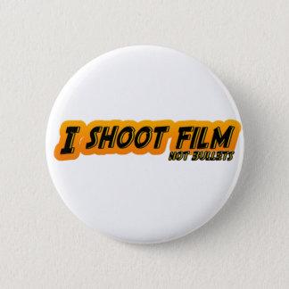 I Shoot Film Not Bullets 6 Cm Round Badge