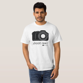 i shoot raw T-Shirt