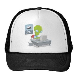 I Want to Believe Alien Tshirt Trucker Hat