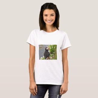 Iceland parrot diver T-shirt