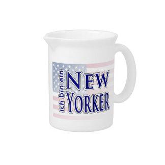 """""""ich bin ein New Yorker"""" Beverage Pitcher"""