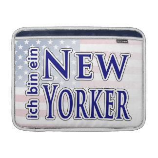 """""""ich bin ein New Yorker"""" Sleeves For MacBook Air"""